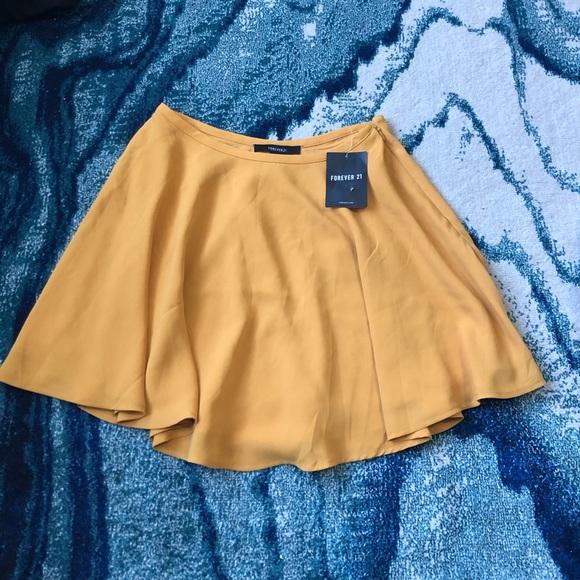 Yellow/orangey/mustard flowy skirt FOREVER21